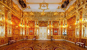 Catherine's Palace with sightseeing and shopping